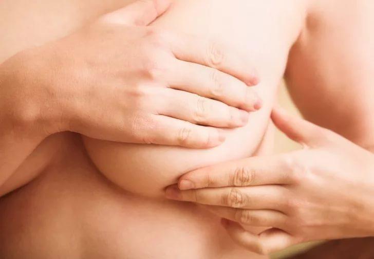 Лактостаз у кормящей матери лечение и симптомы